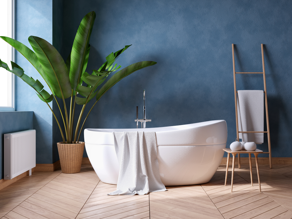 Make Your Bathtub the Focal Point of Your Lake Stevens Bathroom